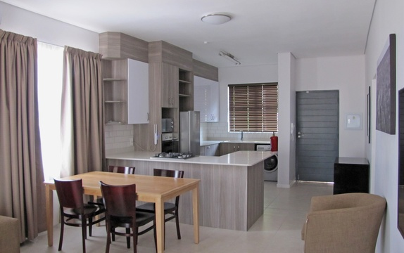 Apartments @ 125 - 2 bedroom unit; fully equipped kitchenette including Continental Breakfast & dining area