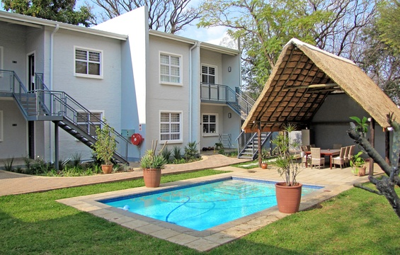 Apartments @ 125 - units, lapa & pool area